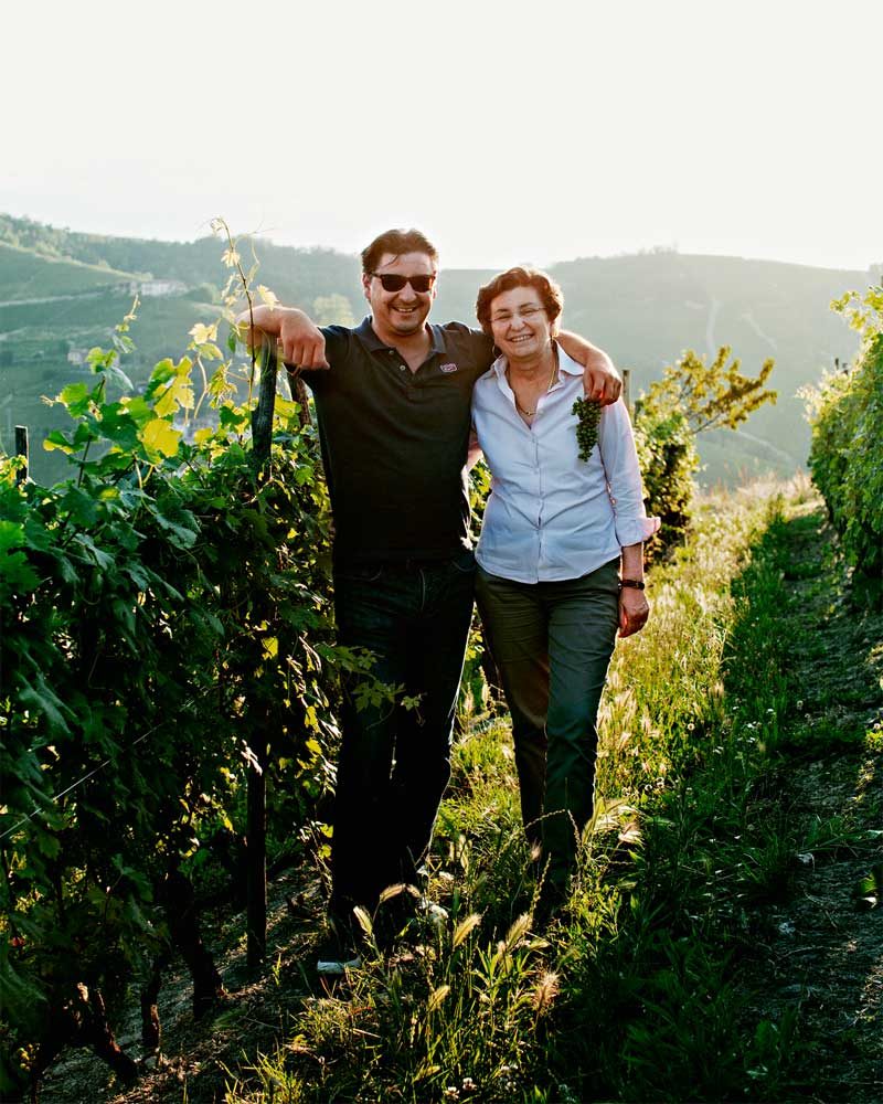Bespoke, conducted tours finest cellars of Barolo, dining in the finest restaurants, accomodation in the finest hotels - Luxury Wine Experience